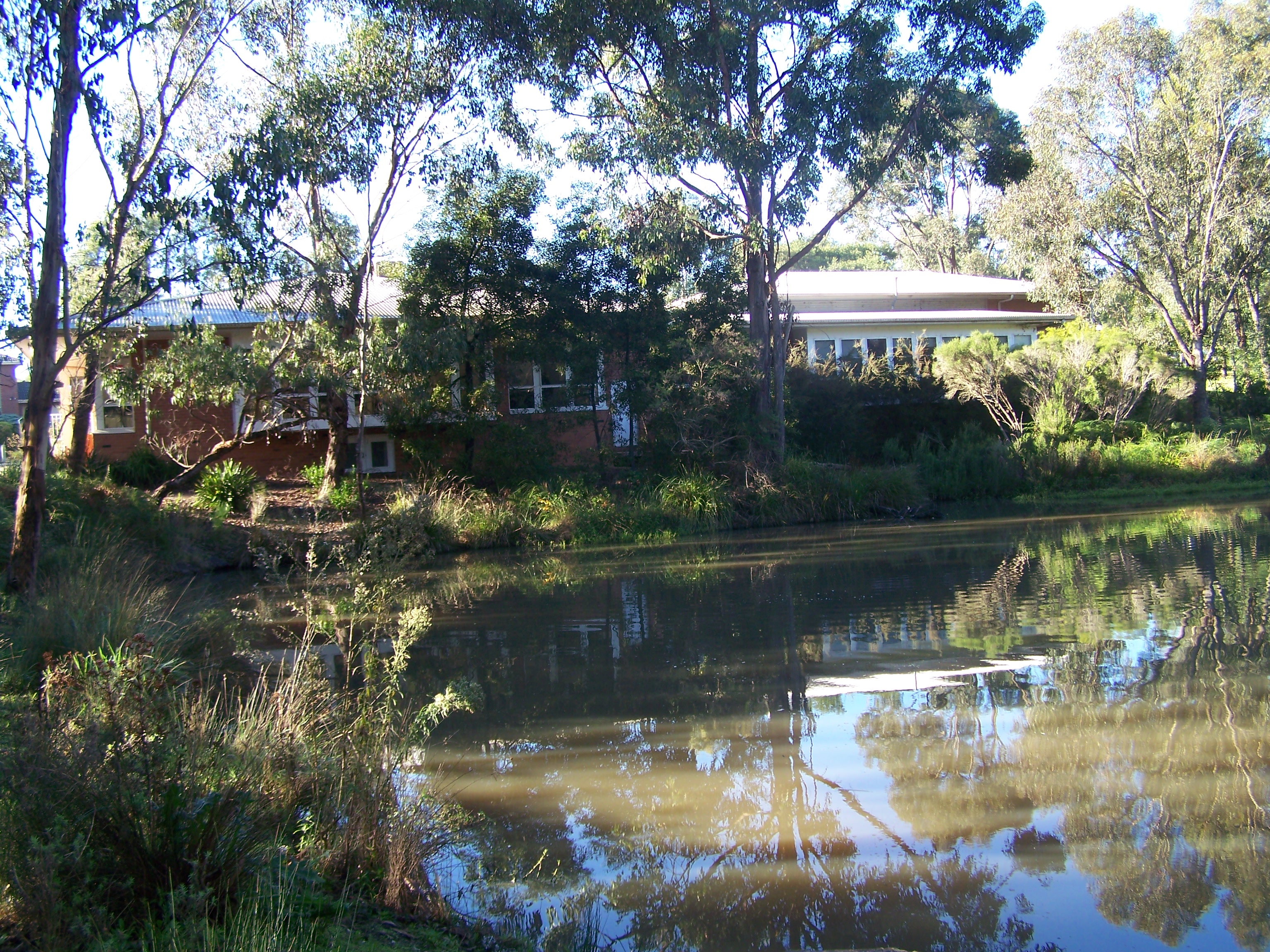 Yarrunga Community Centre Lake